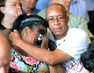 Odin Lloyd's family reacts during Aaron Hernandez's arraignment for Lloyd's 2013 murder.