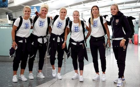 Millie Bright, Steph Houghton, Beth Mead, Carly Telford and Ellie Roebuck at Heathrow Airport - Credit: pa