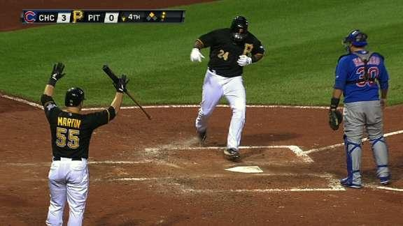 Pedro Alvarez's inside-the-park home run starts back-to-back-to-back homers for Pirates