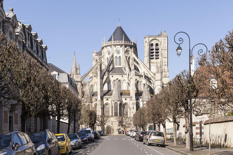 <p>The Bourges Cathedral honors St. Stephen, the first Christian martyr, and was built in the late 12th and 13th centuries. The cathedral is considered important in strengthening the popularity of Gothic architecture as well as symbolizing Christianity's popularity in Medieval France. The structure remains unaltered since its construction and its plan, unlike many other buildings of its time, and is still revered for its architecture, proportions, and decoration. </p>