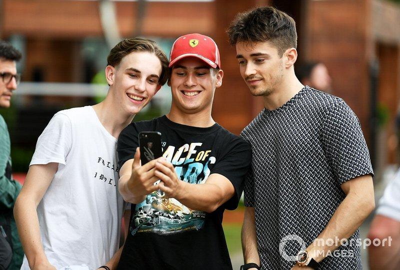 "Charles Leclerc, Ferrari takes a selfie with fans<span class=""copyright"">Mark Sutton / Motorsport Images</span>"