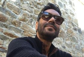 Ajay Devgn to chose between Sanjay Leela Bhansali and Aanand L Rai?