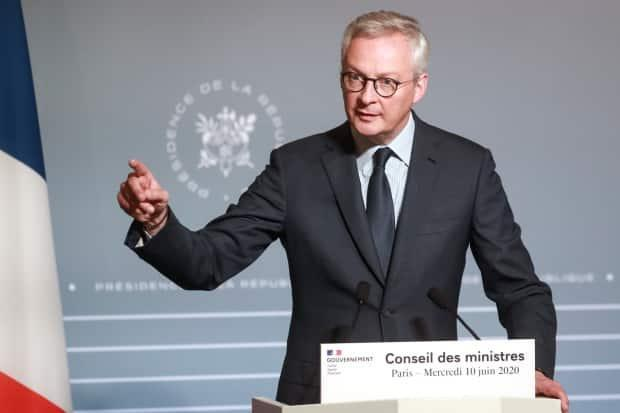 French Finance Minister Bruno Le Maire tells Power & Politics the G20 is poised to adopt a global corporate tax plan this week.  ((Ludovic Marin/Associated Press) - image credit)