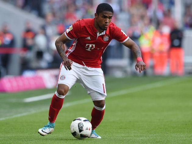 "​Bayern Munich winger Douglas Costa appears to be set to leave the Bundesliga champions this summer, and one fan in particular will welcome his departure. The Brazilian international is close to a move to Juventus after the Italian club's general manager claimed that Bayern have given them permission to speak to the player. ""We have the player's word and Bayern gave us permission to contact him,"" Marotta said - via ESPN. ""Let's see if they sell and at what price."" Costa was one of Bayern's top..."