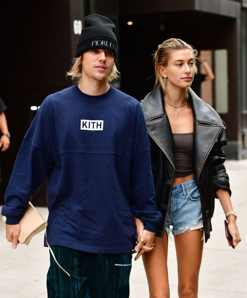 <p>Similar haircuts? Check. Matching grungy style? Check. Justin Bieber and Hailey Baldwin prove that not only opposites attract. </p>
