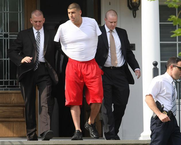 Warrants: Aaron Hernandez admitted to firing fatal shots, says fellow suspect