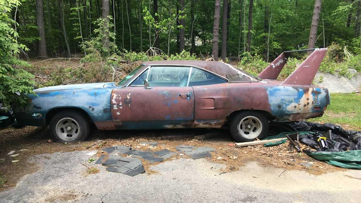 Craigslist Old Cars For Sale >> 1970 Plymouth Superbird Project Up For Sale On Craigslist