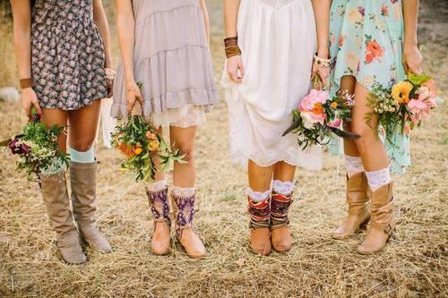 girls posing with boquets