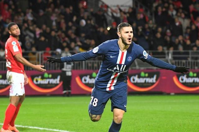 Icardi scored his ninth goal in eight games to rescue PSG (AFP Photo/Damien MEYER)