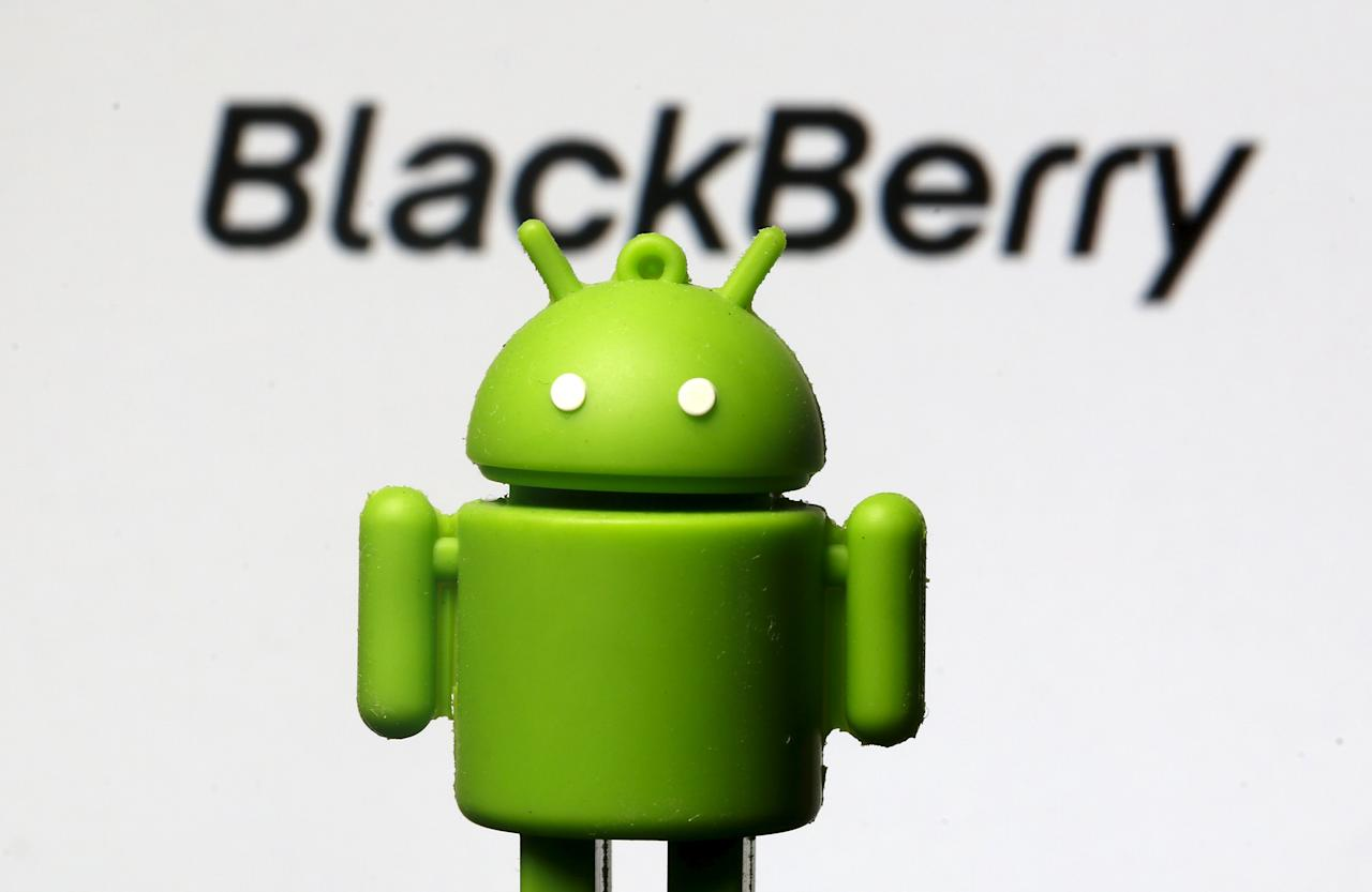 An Android mascot is seen in front of a logo of Blackberry in this photo illustration taken in Zenica, Bosnia and Herzegovina, June 12, 2015. BlackBerry is considering equipping an upcoming smartphone with Google Inc.'s Android software for the first time, an acknowledgement that its revamped line of devices has failed to win mass appeal, according to four sources familiar with the matter. The move would be an about-face for the Waterloo, Ontario-based company, which had shunned Android in a bet that its BlackBerry 10 line of phones would be able to claw back market share lost to Apple's iPhone and a slew of devices powered by Android. REUTERS/Dado Ruvic
