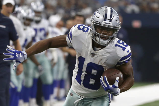 It's hard to evaluate Randall Cobb's deal in a vacuum with the perplexing Texans. (AP Photo/Ron Jenkins, File)