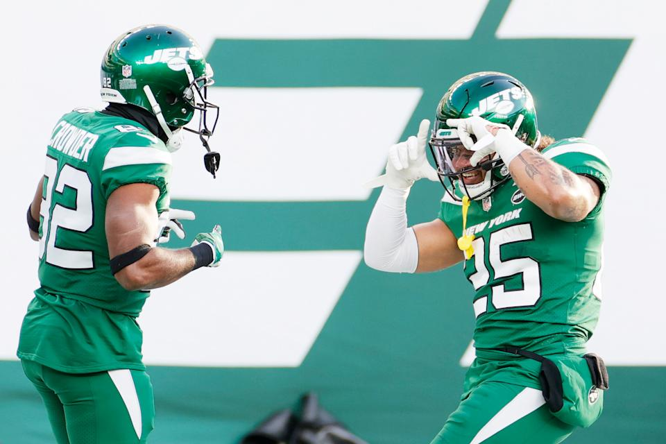 Tank for Trevor? Not when Jets players' careers might be riding on putting out positive tape, even in a lost season. (Photo by Sarah Stier/Getty Images)