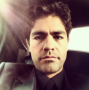 """""""Let's do this #goldenglobes"""" said the 'Entourage' actor in his selfie caption on the way to the awards ceremony. @adriangrenier/Instagram"""
