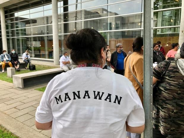 Community members gathered at the Trois-Rivières, Que., courthouse this week, to show support for Joyce Echaquan's family as the coroner's inquest into her death continues.  (Julia Page/CBC - image credit)