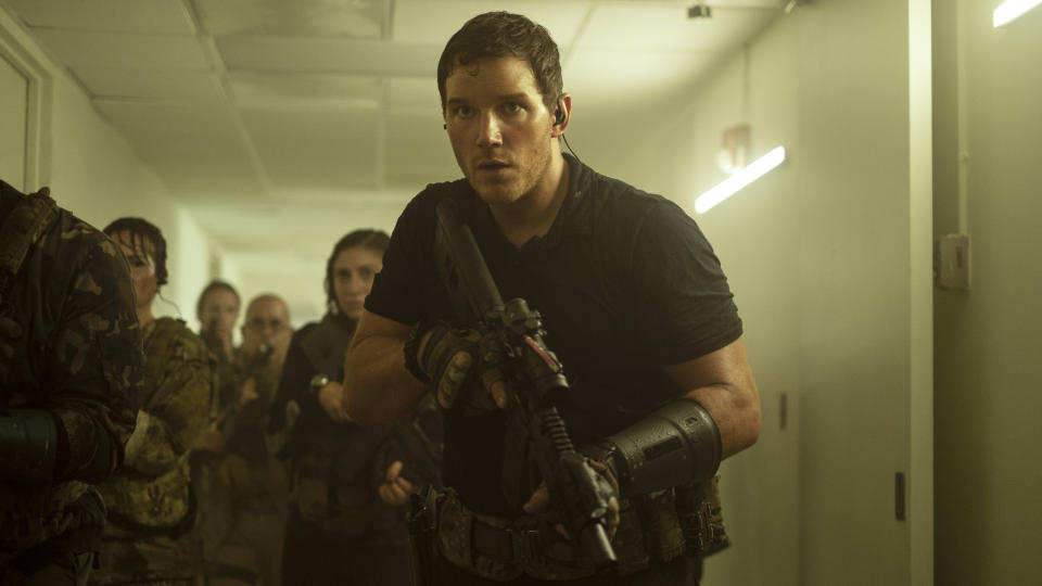Chris Pratt leads a unit of time-travelling human soldiers in 'The Tomorrow War'. (Amazon Prime Video)