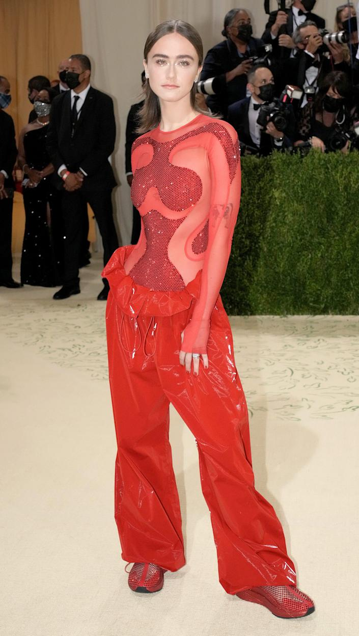 Ella Emhoff attends the 2021 Met Gala.