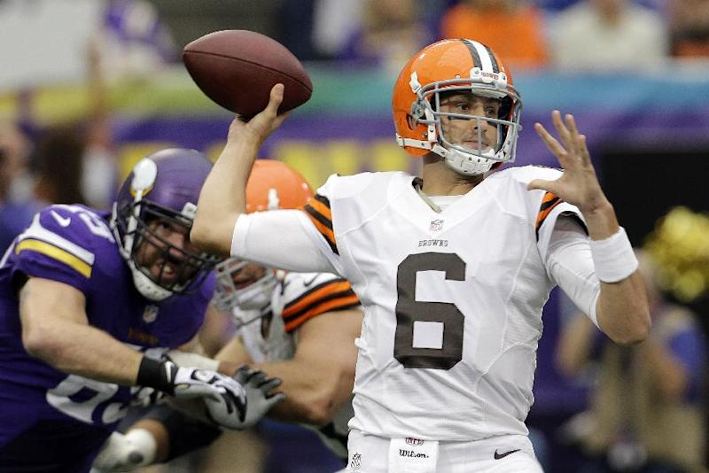 Browns QB Hoyer determined to make comeback