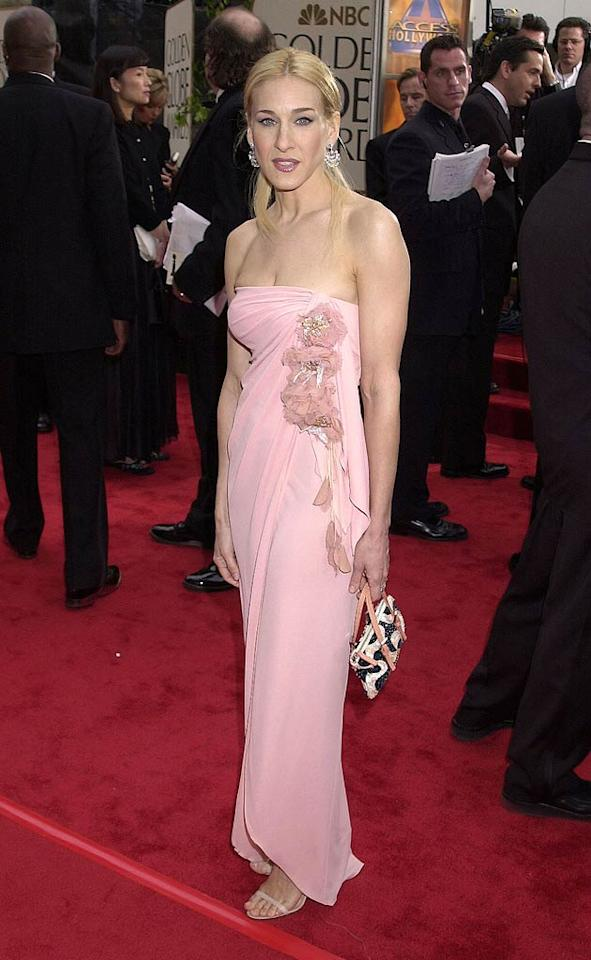 """Sarah Jessica Parker looked pale, pink, and washed out in 2001. It didn't matter as she still took home a Golden Globe for her performance as Carrie Bradshaw in """"Sex and the City."""" Gregg DeGuire/<a href=""""http://www.wireimage.com"""" target=""""new"""">WireImage.com</a> - January 21, 2001"""