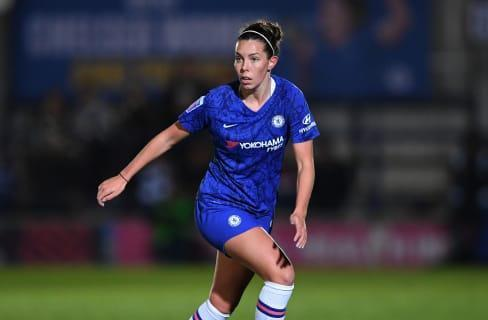 Deanna Cooper in action for Chelsea
