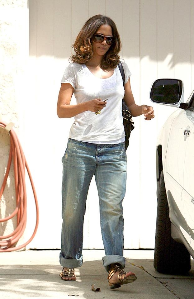 "A casual Halle Berry stepped out in LA Wednesday. In an interview with Harper's Bazaar, the 42-year-old actress credited exercise and vitamins with helping her maintain her fab figure, but Halle did reveal one vice: Doritos. <a href=""http://www.infdaily.com"" target=""new"">INFDaily.com</a> - April 8, 2009"