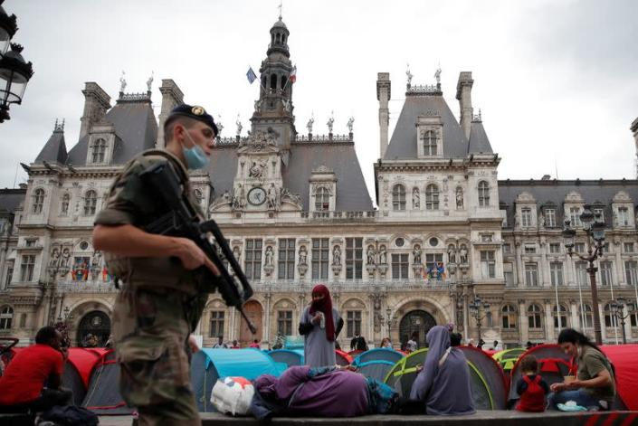 A camp of 300 migrants installed in front of the the City Hall in Paris