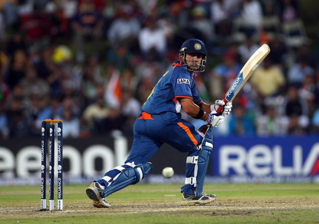 Gautam Gambhir of India hits out during the  ICC Champions Trophy group A match between India and Pakistan at Centurion on September 26, 2009 in Centurion, South Africa.  (Photo by Tom Shaw/Getty Images) *** Local Caption *** Gautam Gambhir