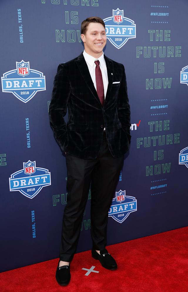 <p>Josh Allen of Wyoming poses on the red carpet prior to the start of the 2018 NFL Draft at AT&T Stadium on April 26, 2018 in Arlington, Texas. (Photo by Tim Warner/Getty Images) </p>