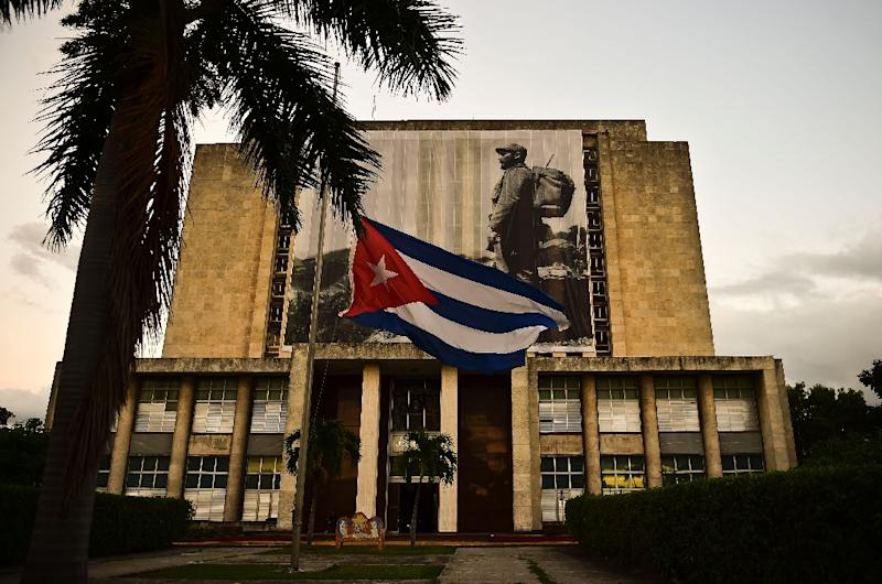 Some Cuban dissidents see Fidel Castro's death as an opportunity for change on the island (AFP Photo/Ronaldo Schemidt)