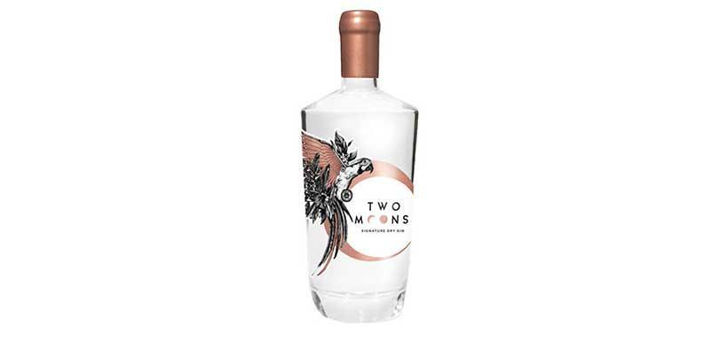 由香港首位女蒸餾師 Dimple Yuen 所成立的Two Moons Distillery