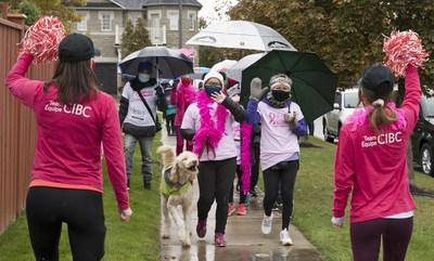 Team CIBC cheers on mother-daughter breast cancer survivors Alma Cercado and Margarita Okumura in support of this year's reimagined Canadian Cancer Society CIBC Run for the Cure. Across Canada, 6,500 Team CIBC members raised an estimated $2 million for breast cancer research and support. (Courtesy: CIBC) (CNW Group/CIBC)