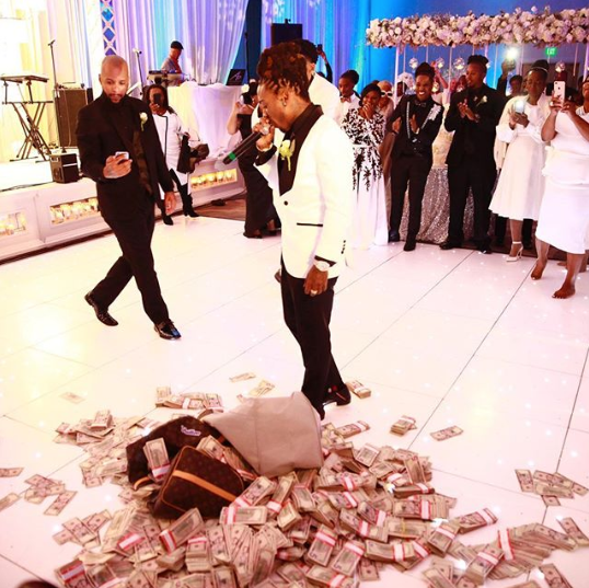 Jacquees gifted his mom $100,000 in cash on her wedding night. (Photo: Instagram)
