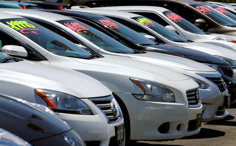 U.S. light vehicle sales in March fall 27% on month as virus outbreak intensifies