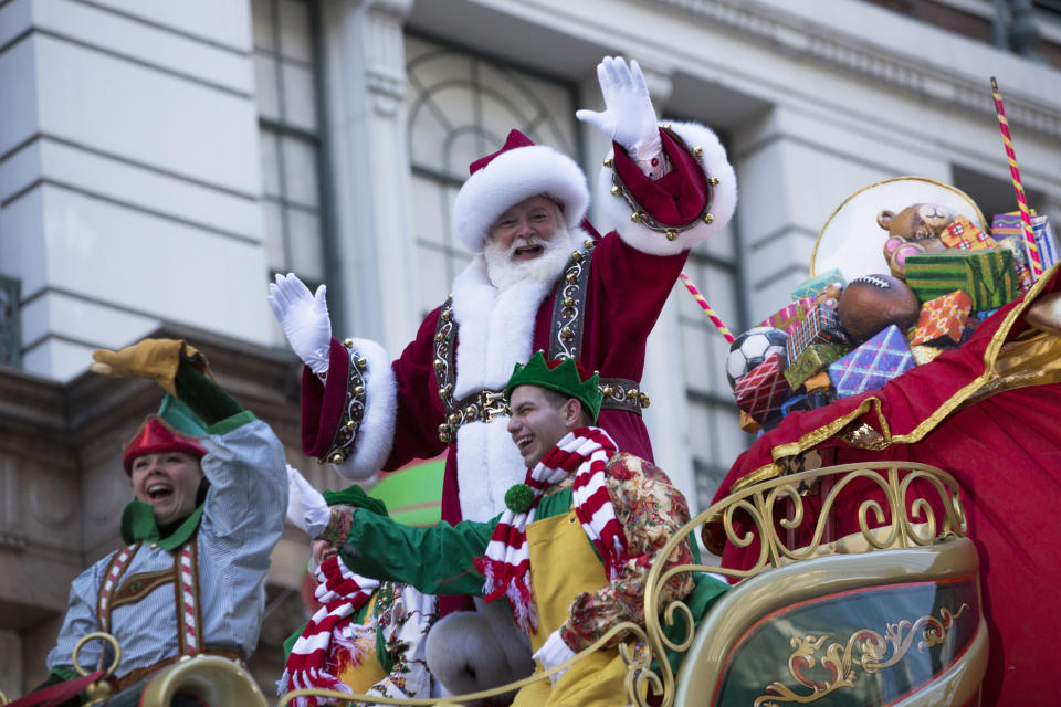 THE 92ND  ANNUAL MACY'S THANKSGIVING DAY PARADE -- Pictured: Santa Claus -- (Photo by: Eric Liebowitz/NBC)