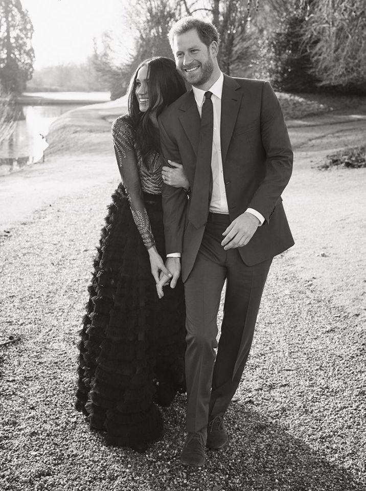 <p><strong>When: Dec. 21, 2017</strong><br />… Because we love the dress so much on her, here's another shot. <em>(Photo: Twitter/KensingtonRoyal)</em> </p>