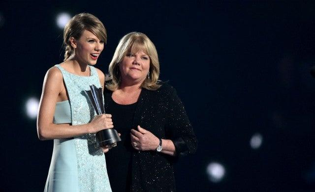 Taylor Swift Andrea Swift