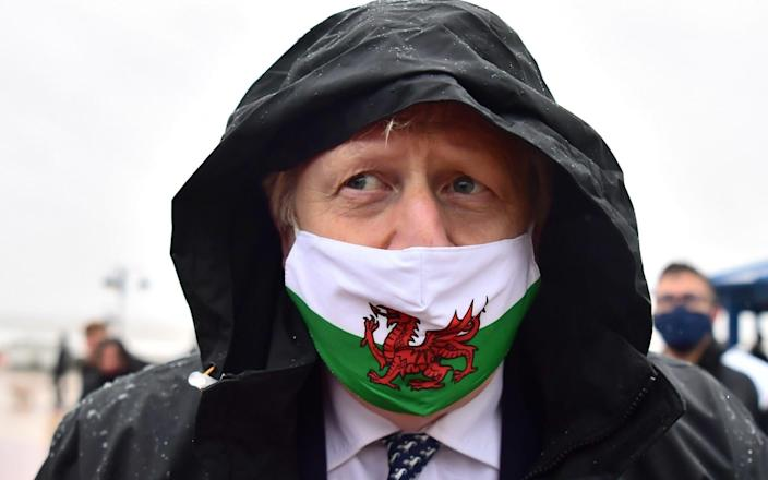 Boris Johnson campaigns in Barry Island on a wet Bank Holiday Monday