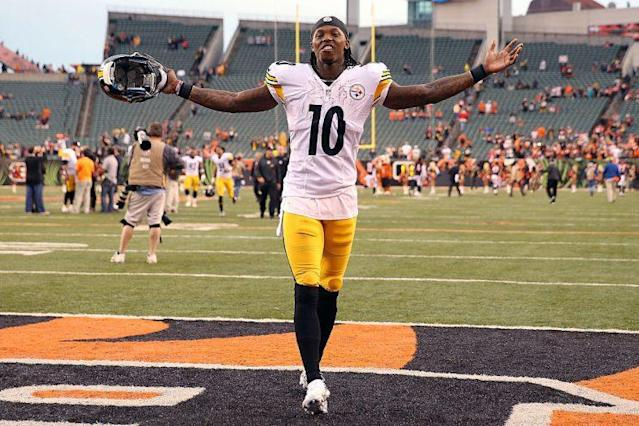 "Will <a class=""link rapid-noclick-resp"" href=""/nfl/players/27646/"" data-ylk=""slk:Martavis Bryant"">Martavis Bryant</a> bounce-back to 2015 form? (Photo by Andy Lyons/Getty Images)"