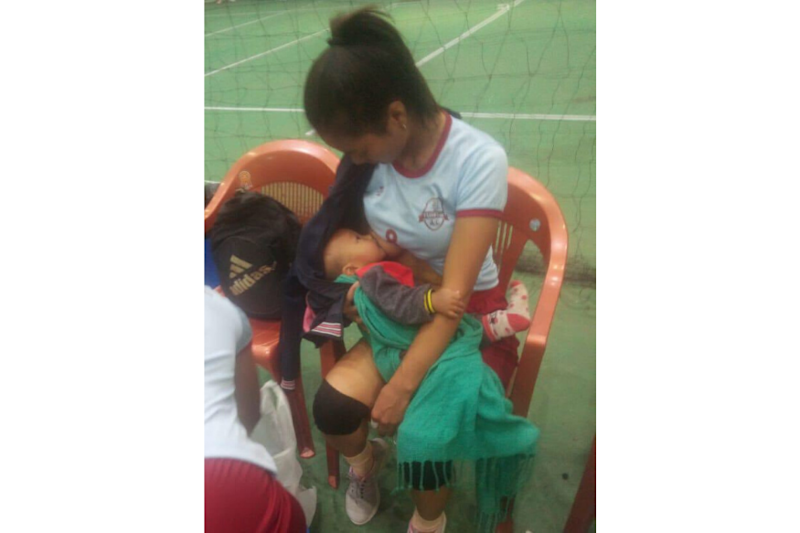 Mizoram Volleyball Player Breastfeeds Baby on Field During Interval, Viral Photo Wins Internet