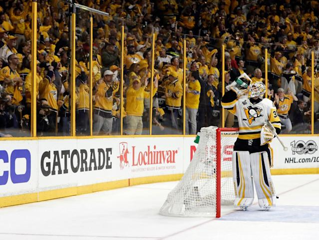 <p>Things didn't go so well for Matt Murray — and the fans let him have it all night long. (Mark Humphrey/AP) </p>