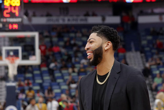 Despite his trade request and making his intentions to leave New Orleans clear, Anthony Davis will not sit out the rest of the season. (AP/Gerald Herbert)