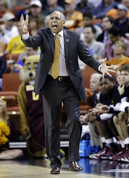 Minnesota head coach Tubby Smith reacts to a call during the first half of a third-round game of the NCAA college basketball tournament against Florida, Sunday, March 24, 2013, in Austin, Texas. (AP Photo/David J. Phillip)