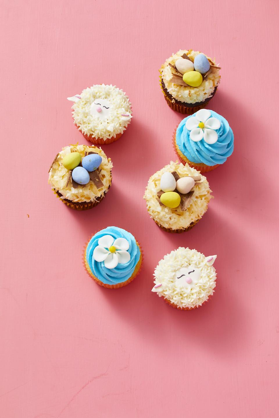 """<p>Some people prefer <a href=""""https://www.goodhousekeeping.com/food-recipes/dessert/g5078/easter-cookies/"""" rel=""""nofollow noopener"""" target=""""_blank"""" data-ylk=""""slk:Easter cookies"""" class=""""link rapid-noclick-resp"""">Easter cookies</a>. Others — like you! — think <a href=""""https://www.goodhousekeeping.com/food-recipes/dessert/g2411/cupcake-ideas"""" rel=""""nofollow noopener"""" target=""""_blank"""" data-ylk=""""slk:frosted cupcakes"""" class=""""link rapid-noclick-resp"""">frosted cupcakes</a> are the ultimate <a href=""""https://www.goodhousekeeping.com/holidays/easter-ideas/"""" rel=""""nofollow noopener"""" target=""""_blank"""" data-ylk=""""slk:Easter treat"""" class=""""link rapid-noclick-resp"""">Easter treat</a>. These easy cupcake ideas hit all the sweet spots: petite, pretty, and totally photo-worthy. Easter cupcakes adorned with pastel colors, pretty flowers, and dainty butterflies double as the most delicious decorations for any <a href=""""https://www.goodhousekeeping.com/holidays/easter-ideas/g261/easy-easter-buffet/"""" rel=""""nofollow noopener"""" target=""""_blank"""" data-ylk=""""slk:Easter brunch"""" class=""""link rapid-noclick-resp"""">Easter brunch</a> or <a href=""""https://www.goodhousekeeping.com/holidays/easter-ideas/g2353/easter-dinner-menus/"""" rel=""""nofollow noopener"""" target=""""_blank"""" data-ylk=""""slk:Easter dinner"""" class=""""link rapid-noclick-resp"""">Easter dinner</a>. They may even outshine your <a href=""""https://www.goodhousekeeping.com/holidays/easter-ideas/g881/ham-recipes/"""" rel=""""nofollow noopener"""" target=""""_blank"""" data-ylk=""""slk:Easter ham"""" class=""""link rapid-noclick-resp"""">Easter ham</a> this year!<br><br>While a classic chocolate or vanilla cupcake frosted with a classic buttercream is a perfectly adequate dessert for any holiday, you can liven up your decorations and flavors to celebrate the best of spring (bring on the <a href=""""https://www.goodhousekeeping.com/food-recipes/dessert/g4195/lemon-desserts/"""" rel=""""nofollow noopener"""" target=""""_blank"""" data-ylk=""""slk:lemon-flavored sweet treats"""" class=""""link rapid-noclick-resp"""">lemon-flavored sweet """