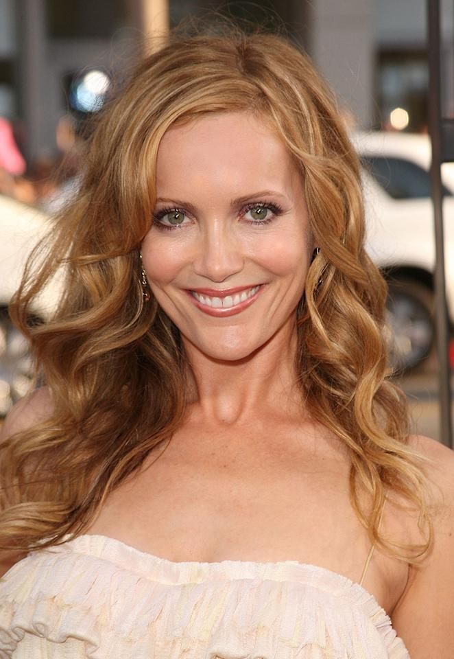 "<a href=""http://movies.yahoo.com/movie/contributor/1800018715"">Leslie Mann</a> at the Los Angeles premiere of <a href=""http://movies.yahoo.com/movie/1810038675/info"">17 Again</a> - 04/14/2009"