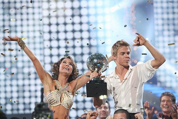 "To the dismay of Bristol Palin fans across America, ""Dirty Dancing"" star Jennifer Grey and her pro partner Derek Hough were crowned as champions of ""Dancing With the Stars"" Tuesday night. ABC reported that ""a record amount of activity"" temporarily overloaded its online and telephone voting systems following Monday's show. ABC/ADAM LARKEY"