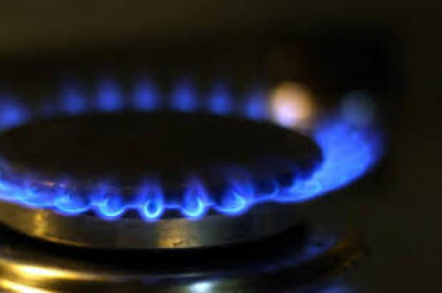 Natural Gas Plunges on Weather Worries, Strong Production