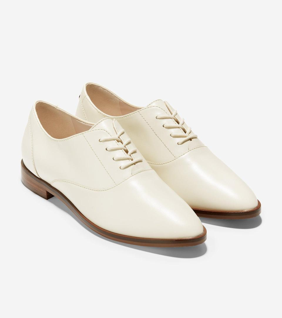 """<br><br><strong>Cole Haan</strong> Modern Classics Oxford, $, available at <a href=""""https://go.skimresources.com/?id=30283X879131&url=https%3A%2F%2Ffave.co%2F35vTuIW"""" rel=""""nofollow noopener"""" target=""""_blank"""" data-ylk=""""slk:Cole Haan"""" class=""""link rapid-noclick-resp"""">Cole Haan</a>"""