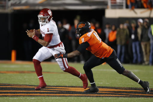 Oklahoma survives Baylor, keeps College Football Playoff hopes alive