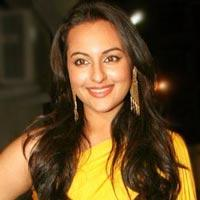 Sonakshi Sinha Starts Shooting For 'Thupakki' Remake