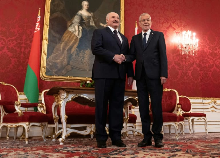 "Lukashenko shakes hands with Austrian President Alexander Van der Bellen, who said he hoped to ""deepen"" the relationship between the two countries"