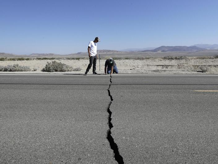 "Up to 30,000 aftershocks could hit California in the next six months after the US state was hit by two major earthquakes in 48 hours last week, seismologists have warned. They were part of a continuing sequence of tremors that would affect the area for months, said Lucy Jones, of the California Institute of Technology and said the earthquakes. The region could see more than 30,000 minor earthquakes over six months, with one or two magnitude 6 quakes expected, her colleague and fellow seismologist Egill Hauksson, added. Up to 190 magnitude 3 earthquakes could take place over the next week alone, with a 12 per cent probability of a magnitude 6 earthquake, according to the US Geological Survey (USGS).Magnitude 3 earthquakes are big enough to be felt and any earthquake over magnitude 4 is big enough to cause damage to buildings.""It is a wake-up call for the rest of the state and other parts of the nation, frankly,"" California Governor Gavin Newsom said, voicing concerns about the possibility of major aftershocks in the months to come. He said that residents should make sure they know how to respond if more natural disasters strike.Friday's evening's earthquake was the largest one Southern California in nearly 20 years. Centred 11 miles from Ridgecrest, a small town with around 28,000 residents it struck the same area of the desert where a 6.4-magnitude temblor hit on ThursdayThe earthquake was felt by millions across an area ranging from Sacramento, the state capital in the north, to Mexico and including the Las Vegas and Los Angeles counties.It came off the back of hundreds of ""foreshocks"" that rattled the region late last month. Those left behind cracked and burning buildings, broken roads, obstructed railroad tracks and leaking water and gas lines and prompted the evacuation of the US Navy's largest single landholding, the Naval Air Weapons Station China Lake in the Mohave Desert.Only a few injuries were reported, but two houses were reported to have caught fire from broken gas pipes; water gushed from zigzagged cracks in the busted pavement; and deep fissures were seen snaking across the Mojave Desert.In Ridgecrest, local fire and police officials said they were initially swamped by calls for medical and ambulance service.But police Chief Jed McLaughlin said there was ""nothing but minor injuries such as cuts and bruises, by the grace of God.""In Trona, a town of about 2,000 people considered the gateway to Death Valley, fire officials said up to 50 structures were damaged. San Bernardino County Supervisor Robert Lovingood said the US Federal Emergency Management Agency (FEMA) delivered a tractor-trailer full of bottled water because of damage to water lines. Newsom declared a state of emergency for the county. The USGS has issued a red alert for economic losses, meaning that extensive damage is probable and that the disaster is likely widespread. Estimated economic losses are at least $1 billion dollars.""Past events with this alert level have required a national or international level response,"" the USGS said in its assessment.Mr Newsom estimated more than $100m (£79m) in economic damages and said President Donald Trump called him to offer federal support in the rebuilding effort.""He's committed in the long haul, the long run, to help support the rebuilding efforts,"" Mr Newsom, a Democrat, said of his leader. ""There's no question we don't agree on everything, but one area where there's no politics, where we work extremely well together, is our response to emergencies,"" he added. The USGS said the aftershock activity is decreasing faster than average. Aftershocks are minor earthquakes that take place as the displaced crust adjusts to the effects of the main earthquake. It is normal for aftershocks to take place for weeks after a major shock, although their number decreases over time. A large aftershock can temporarily increase the numbers again.With aftershocks expected and temperatures forecast to reach 38 Celsius over the next several days, officials were taking precautions.The California National Guard sent 200 troops, logistical support and aircraft. Major General David Baldwin said the Pentagon had been notified and the entire California Military Department was put on alert. The California Office of Emergency Services also brought in cots, water and meals and set up cooling centres in the region. Additional reporting by Associated Press"